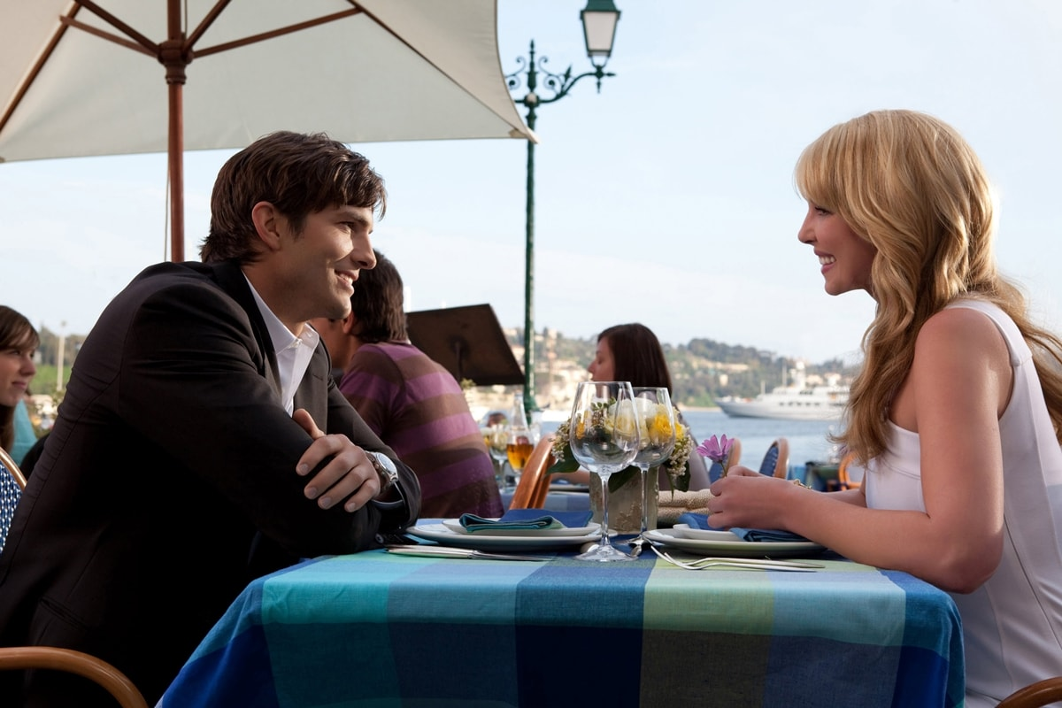 Katherine Heigl and Ashton Kutcher Killers star in the 2010 American action comedy film Killers