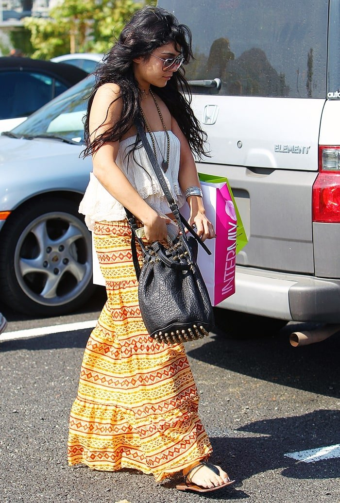 """Vanessa Hudgens wears Blu Moon's Almost Famous skirt and a Jen's Pirate Booty """"Cha Cha"""" tube top"""