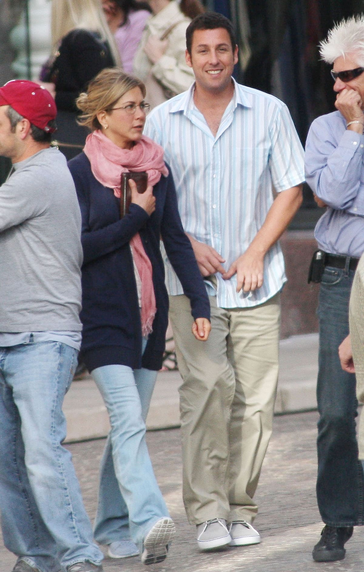 Jennifer Aniston and Adam Sandler filming their new movie 'Just Go With It' on Rodeo Drive