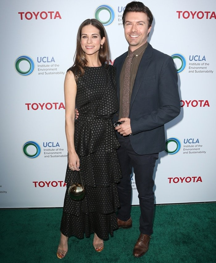 Lyndsy Fonseca joined her husband Noah Bean at the UCLA Institute of the Environment and Sustainability's 2017 IoES Gala
