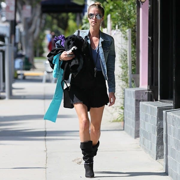 Nicky Hilton turned quite a few heads while walking down a street in Beverly Hills