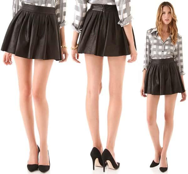 Alice + Olivia Box Pleat Leather Skirt in Black