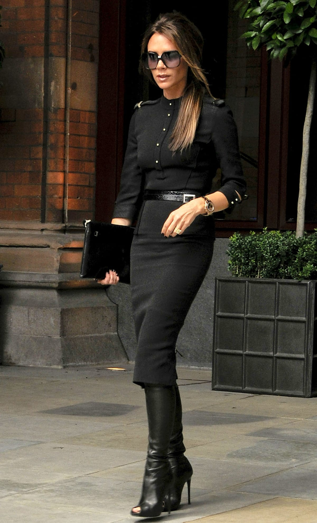 Victoria Beckham leaves the majestic St Pancras Renaissance Hotel in London