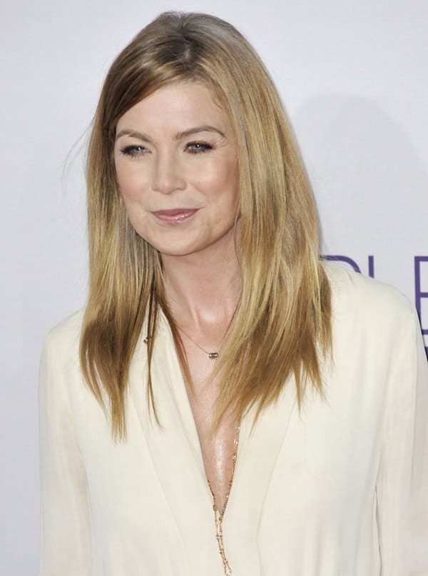 Ellen Pompeo's au naturel make-up and hair complimented her outfit perfectly