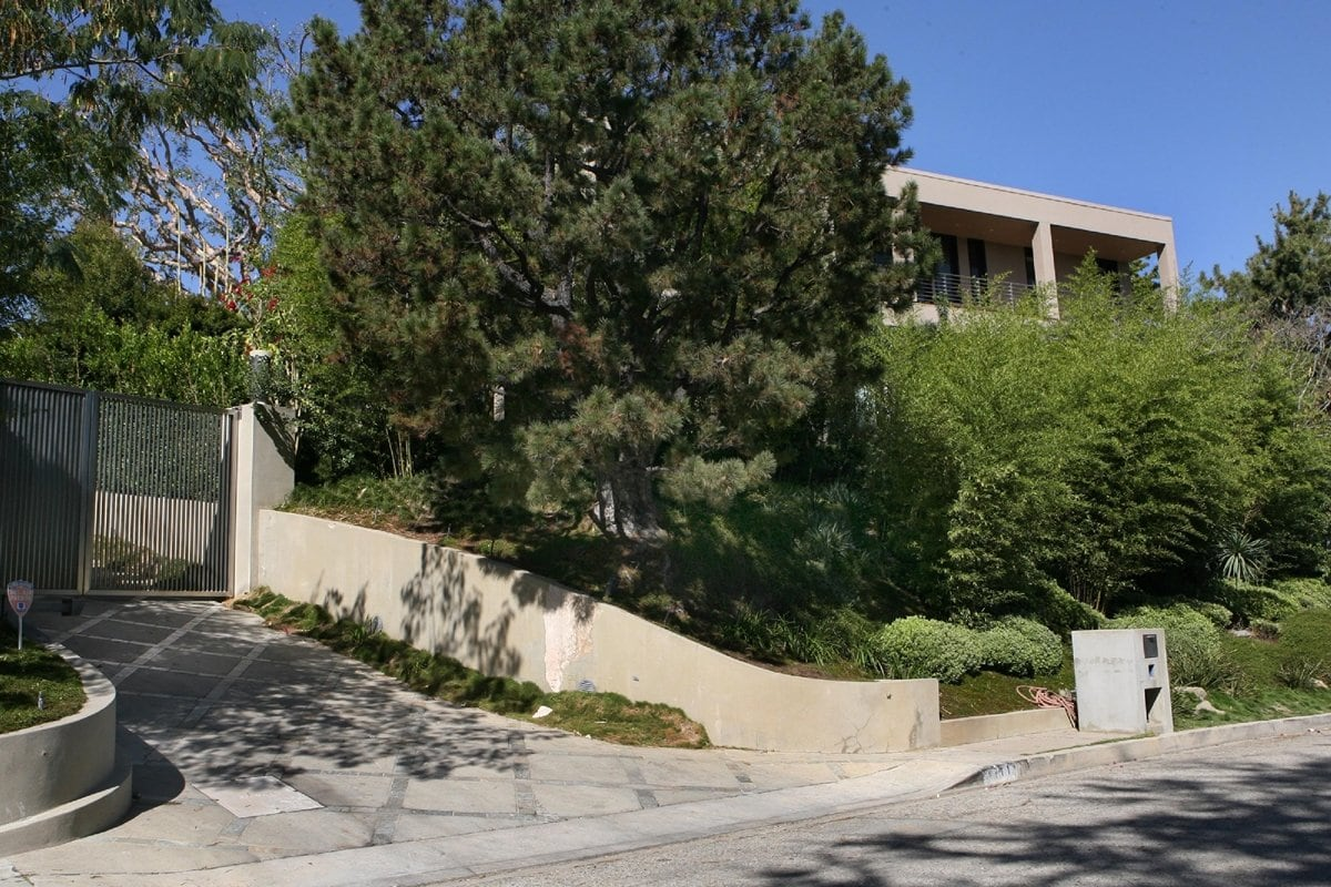"""""""Girls Gone Wild"""" founder Joe Francis paid $5.45 million in November 2002 for a 6,000+ sq. ft. modern mansion in Bel Air"""