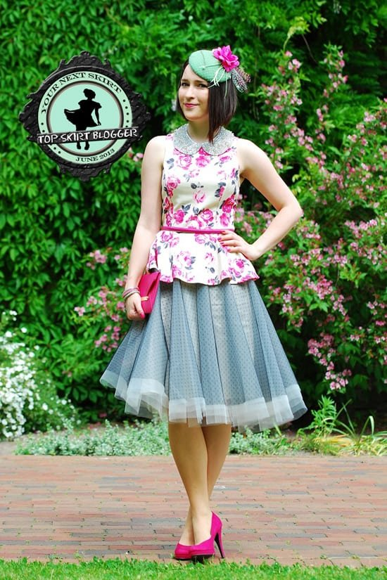 Shiny styled a tulle skirt with a peplum top and pink pumps