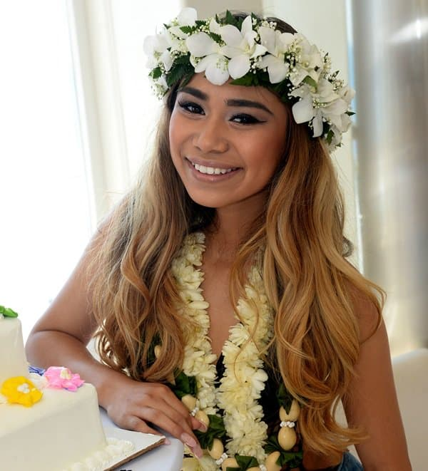 hawiian hair styles celebrates 18th birthday in chic luau 4587
