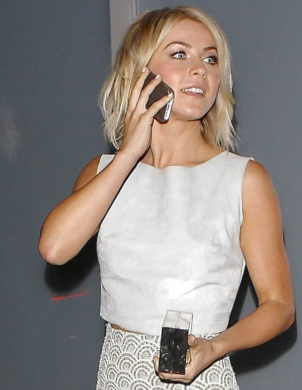 Julianne Hough in a Catherine Malandrino scallop-printed pencil skirt paired with a Houghton plain crop top