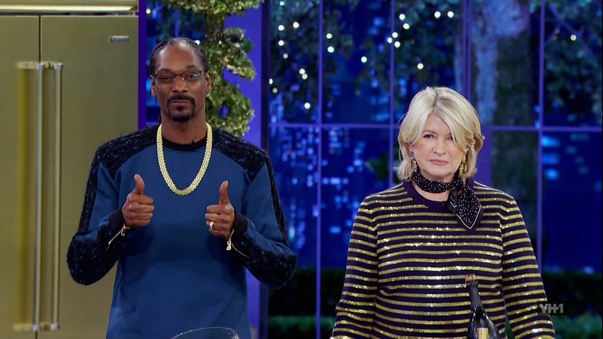 Snoop Dogg is 30 years younger than his good friend Martha Stewart