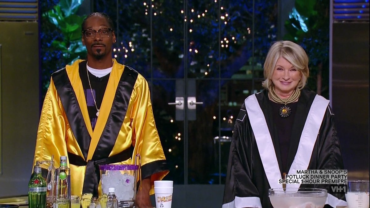 Martha Stewart and Snoop Dogg met for the first time in 2008 when he appeared as a guest on The Martha Stewart Show